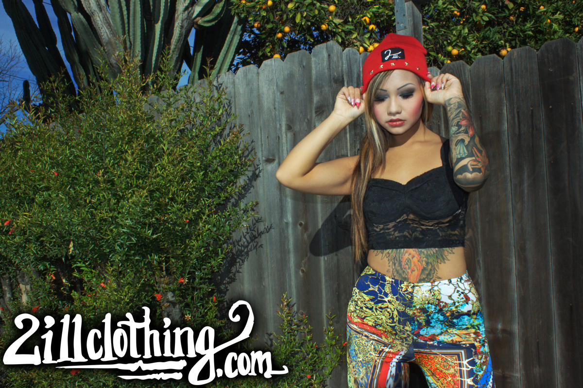gold Renaissance 2ill two ill clothing leggings red five star general beanie 3