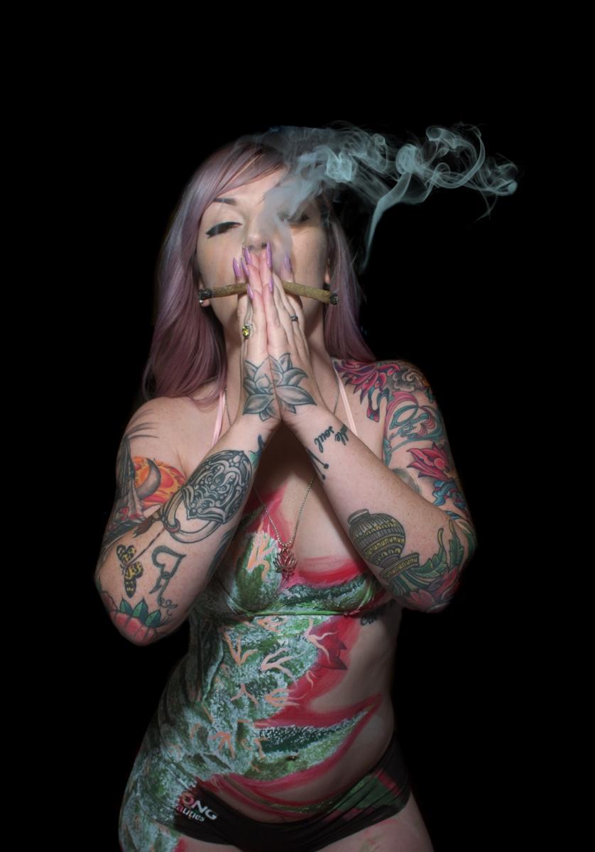 lotus double barrel 2ill clothing smoke