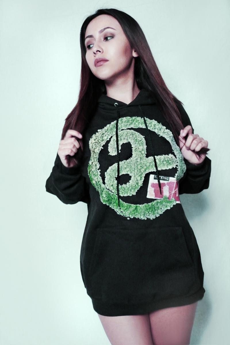 marissa 2weeded black hoody 420 mary jane raw wraps 2ill clothing 3